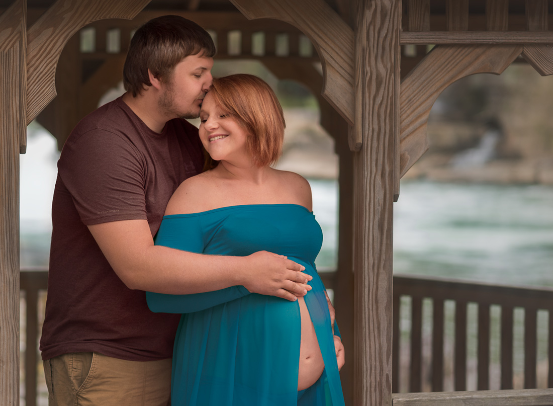 maternity photoshoot couples