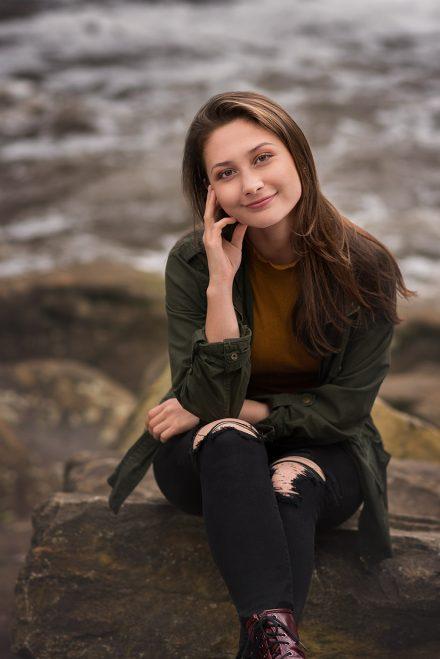 senior photos outdoors